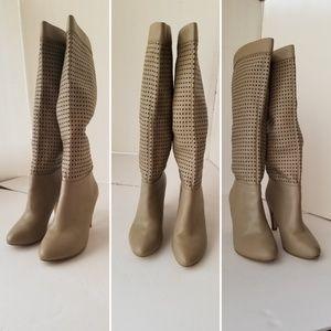 Colin Stuart Laser Cutout beige boots size 8